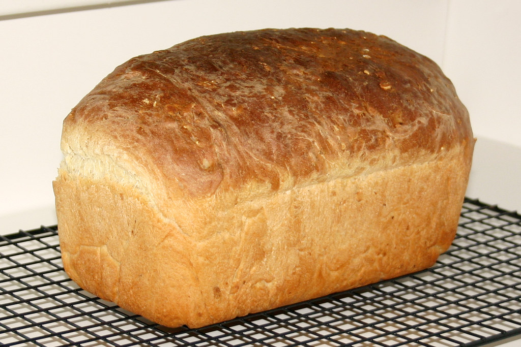 What is the best cheap bread machine?